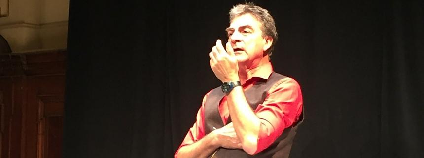 Michael Geerdts, Blog, Kommunikation, Präsentation, Pitch, Elevator Pitch, präsentieren, pitchen, der rote Stuhl.jpg